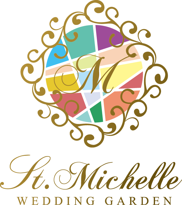 サービス業と高級感/気品とマルチカラーのロゴ