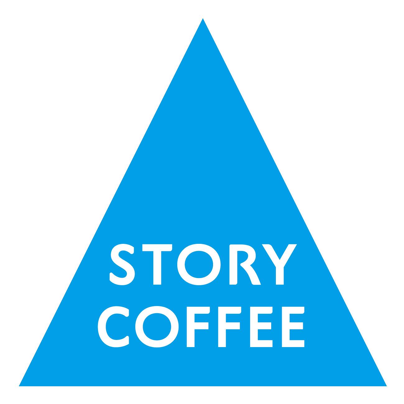 飲食業とロゴタイプ(文字のみのデザイン)と青のロゴ